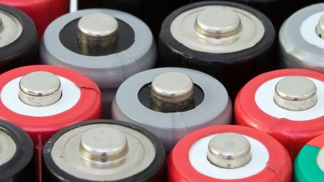 Sẽ có công nghệ pin mới thay thế li-ion vào 2021