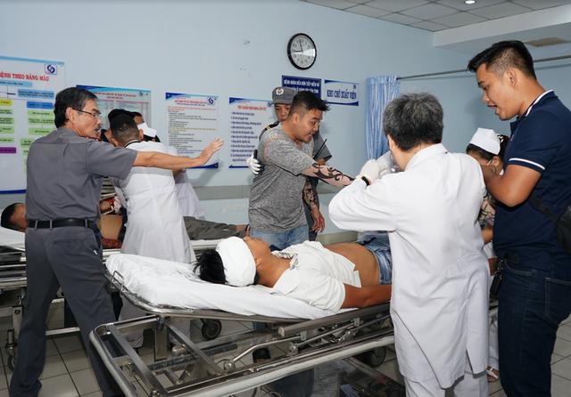 Vô hiệu hóa nhóm 20 côn đồ truy sát nhau trong bệnh viện - 2