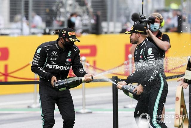 Styrian GP 2020: Mercedes bội thu, Ferrari cay đắng trắng tay - 4