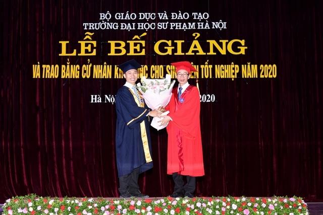 Hiệu trưởng trường ĐH Sư phạm Hà Nội: Không ai chọn nghề giáo để làm giàu - 1