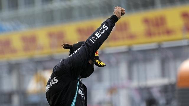 Styrian GP 2020: Mercedes bội thu, Ferrari cay đắng trắng tay - 8