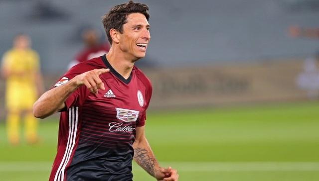 UAE có thêm 3 cầu thủ nhập tịch, chuẩn bị đấu đội tuyển Việt Nam - 1