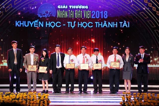 Những câu chuyện đặc biệt trong hành trình 15 năm Nhân tài Đất Việt - 12