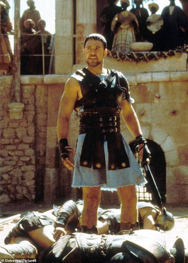 """Đã """"phát tướng"""", Russell Crowe vẫn muốn đóng """"Võ sĩ giác đấu"""" - 2"""