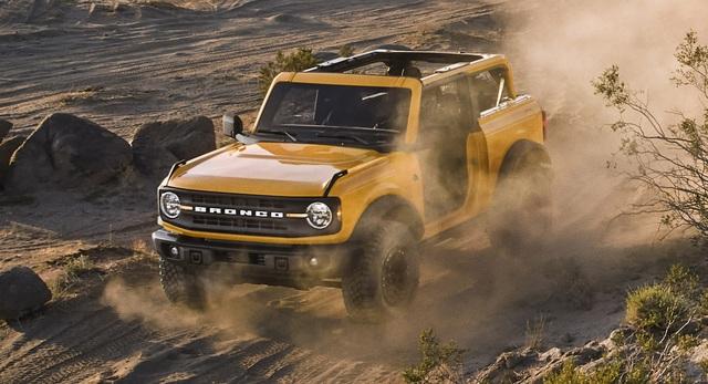Ford Bronco ra mắt, cạnh tranh sát ván Jeep Wrangler - 21