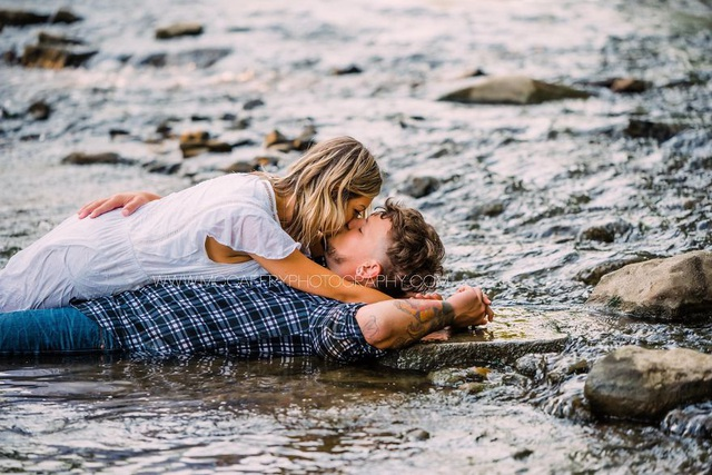 Bộ ảnh gây sốt ghi lại cuộc hẹn hò chụp ảnh của hai người xa lạ - 28