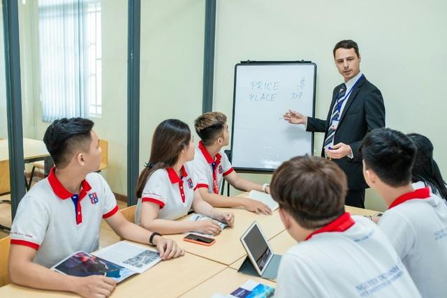 Hậu Covid-19, giáo dục đại học chuẩn quốc tế càng được chú trọng - 1