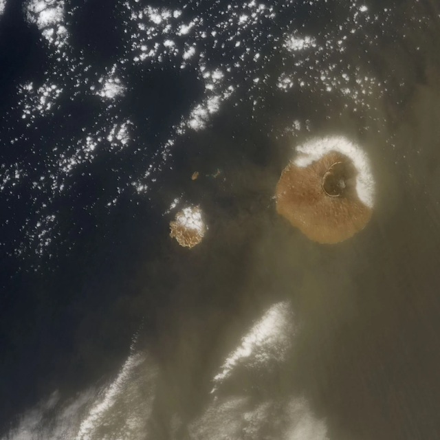 Đám mây bụi Sahara quét qua Đại Tây Dương lớn nhất từ trước đến nay - 3