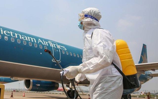 Giảm 30% thuế nhiên liệu bay để giảm khó khăn cho hàng không - 1