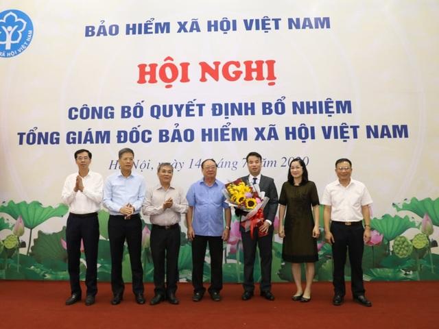 Chính thức bổ nhiệm Tổng Giám đốc Bảo hiểm xã hội Việt Nam - 1