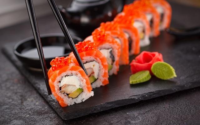 Người Nhật dùng AI để làm món sushi cá ngừ thơm ngon