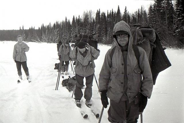 Thảm kịch bí ẩn về nhóm leo núi tử vong trong tình trạng bán khỏa thân - 1