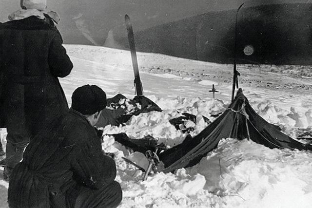 Thảm kịch bí ẩn về nhóm leo núi tử vong trong tình trạng bán khỏa thân - 3