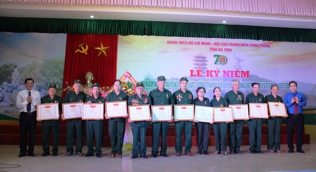 Hà Tĩnh kỷ niệm 70 năm ngày truyền thống lực lượng TNXP - 3