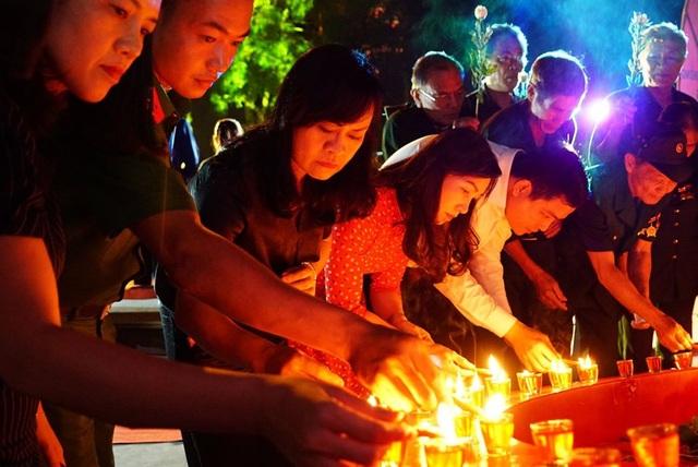 Đêm tri ân các anh hùng liệt sĩ tại Ngã ba Đồng Lộc - 4