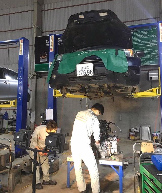 Vô tình đến với nghề sửa ô tô nhưng rồi trở thành... đam mê - 3