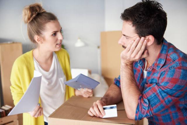 Em chồng đến ở nhà vì bị phá sản, vợ đòi đóng góp tiền ăn - 1