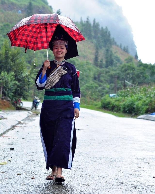 Độc đáo trang phục phụ nữ các dân tộc vùng cao - 5