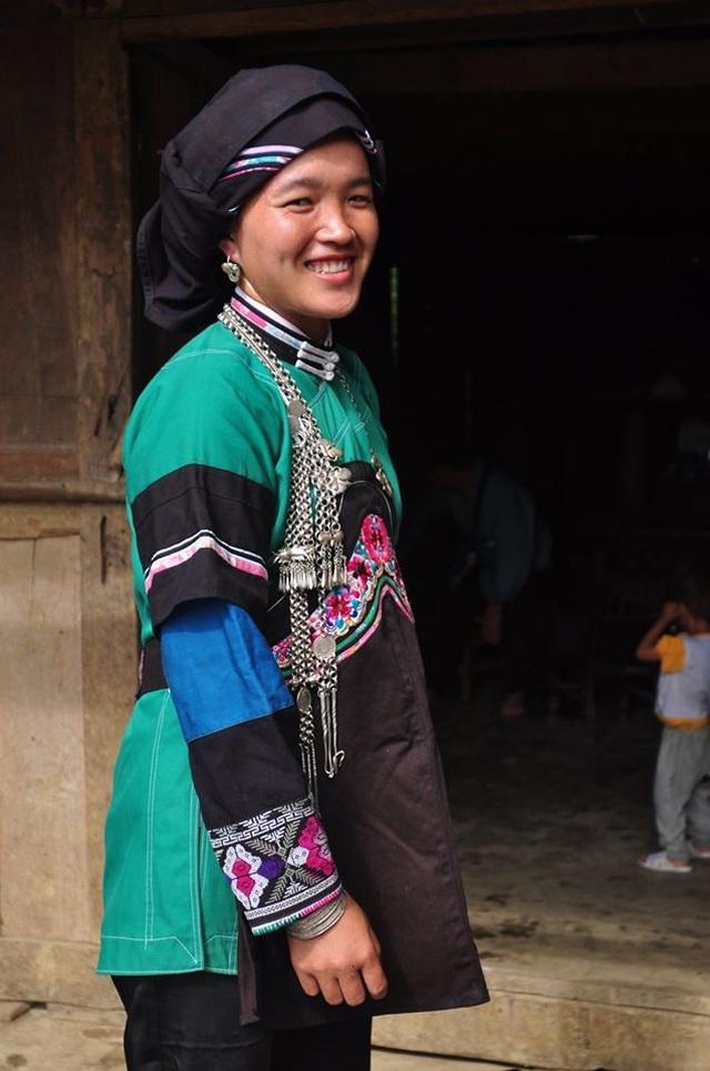 Độc đáo trang phục phụ nữ các dân tộc vùng cao - 3