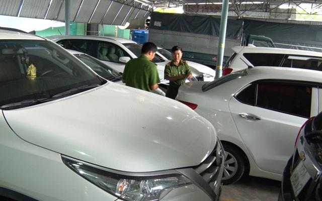 Làm giả giấy tờ, thuê xe ô tô đem cầm cố chiếm đoạt gần 3,5 tỷ đồng - 2