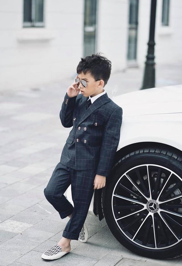 """Giọng ca triệu view Hương Ly: """"Vợ chồng tôi từng phải xin bố mẹ từ cái nồi"""" - 4"""