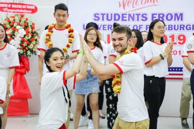 Du học sinh Úc, Canada sớm trở thành tân sinh viên trong các đợt xét học bạ - 2