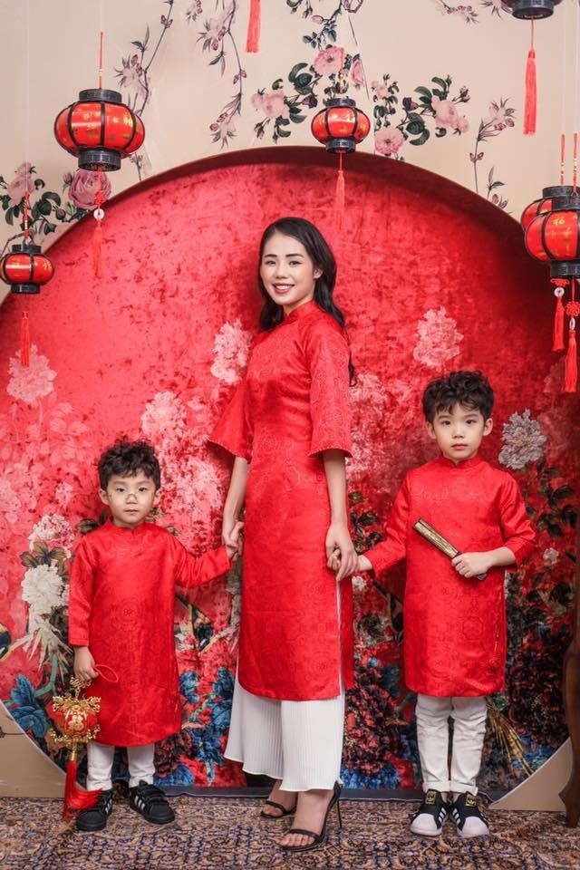 """Giọng ca triệu view Hương Ly: """"Vợ chồng tôi từng phải xin bố mẹ từ cái nồi"""" - 9"""