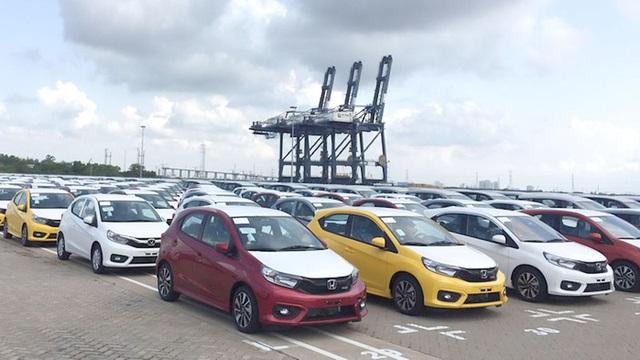 Hãng xe chạy bão doanh số, ô tô Indonesia về Việt Nam giá rẻ giật mình - 3
