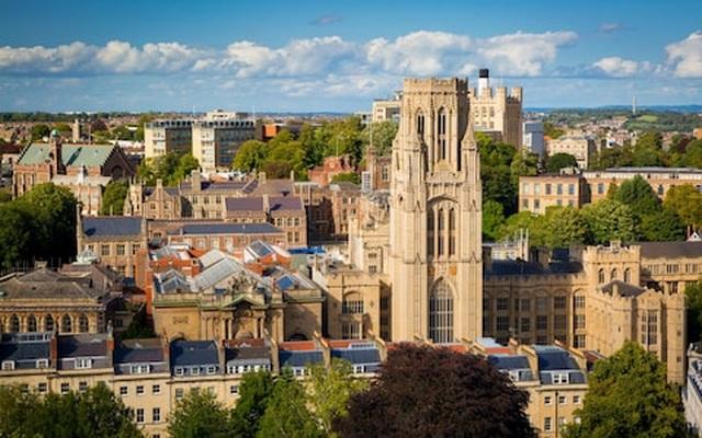 10 trường đại học hàng đầu Vương quốc Anh về ngành tâm lý học - 2