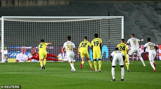 Benzema lập cú đúp, Real Madrid vô địch La Liga lần thứ 34 - 3
