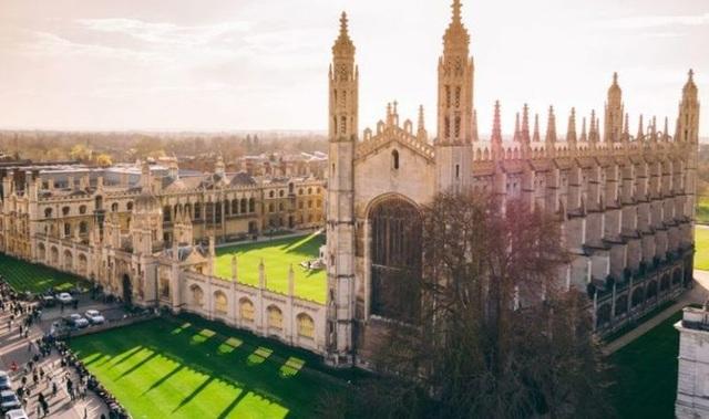 10 trường đại học hàng đầu Vương quốc Anh về ngành tâm lý học - 3