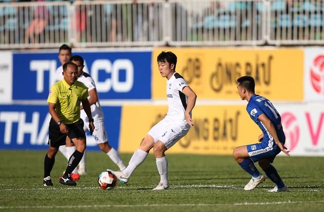 Cuộc đua vô địch khốc liệt tại V-League 2020 - 4