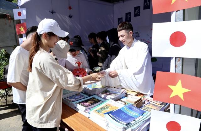 Học sinh, sinh viên Đà Nẵng giao lưu văn hoá Việt - Nhật - 1