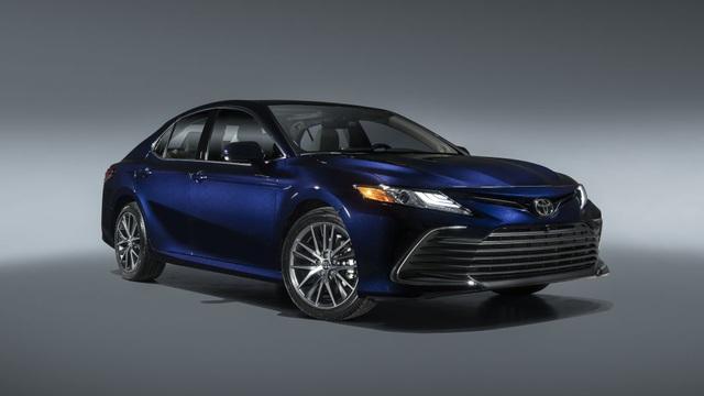 Toyota Camry 2021 có gì mới? - 2
