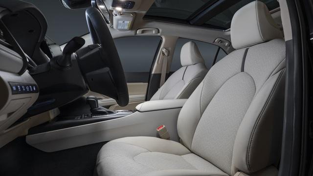 Toyota Camry 2021 có gì mới? - 10