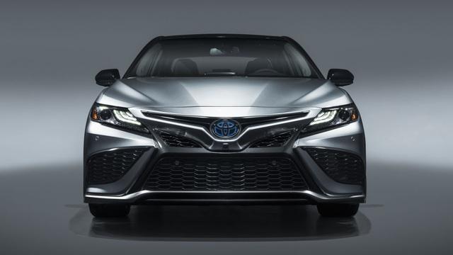 Toyota Camry 2021 có gì mới? - 12