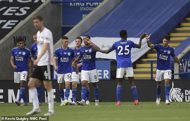 Leicester City 2-0 Sheffield United: Bầy cáo vẫn giữ vững vị trí top 4 - 5