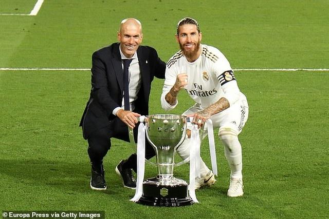 HLV Zidane: Vô địch La Liga khiến tôi hạnh phúc hơn là Champions League - 4