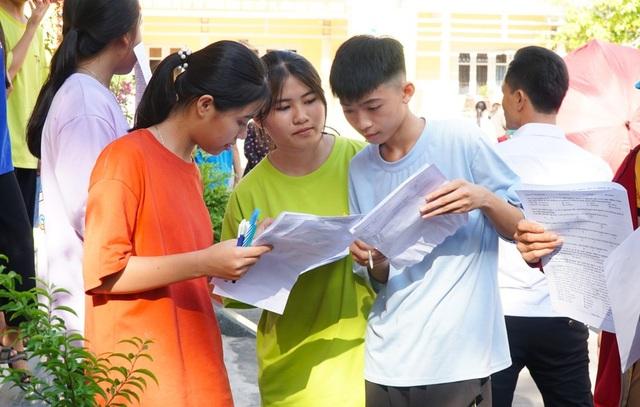 Nghệ An: Đề thi Tiếng Anh  vào lớp 10 khó đạt điểm tuyệt đối - 1