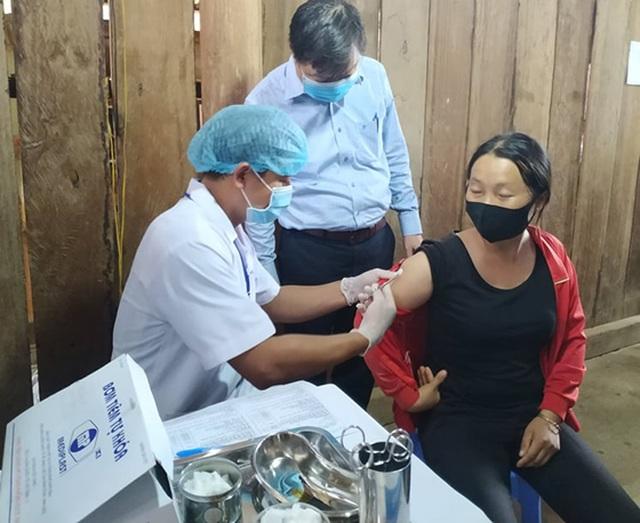 Gần 40 ca nhiễm bạch hầu, Đắk Nông tổ chức tiêm vắc xin diện rộng - 1