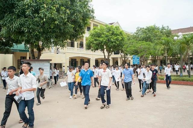 Hơn 35.000 thí sinh Nghệ An chính thức bước vào Kỳ thi tuyển sinh lớp 10 - 1