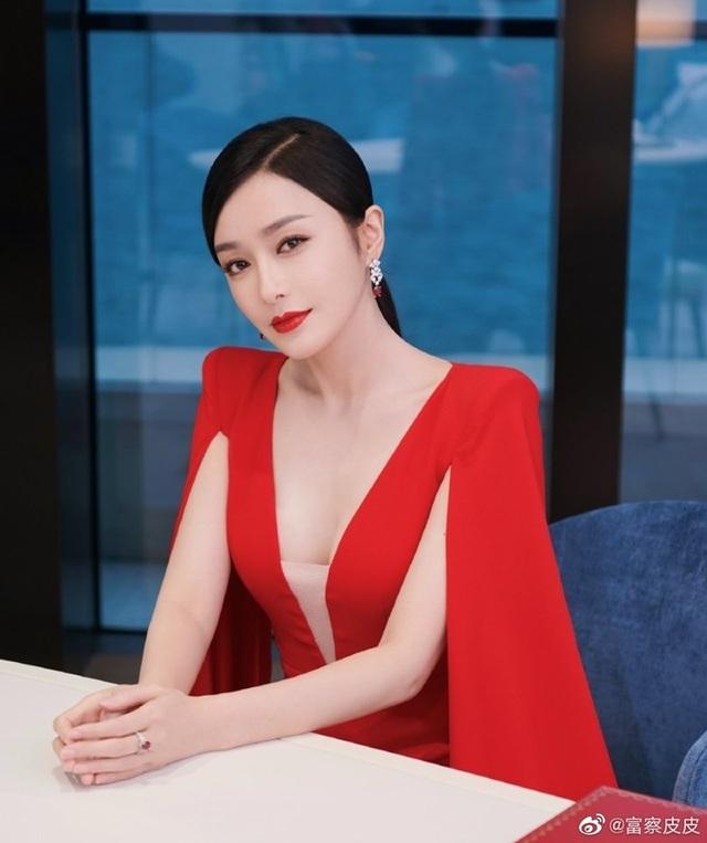 """""""Phú Sát hoàng hậu"""" Tần Lam khoe vẻ đẹp không tuổi khi đón tuổi 41 - 12"""