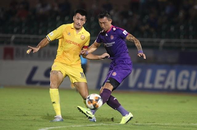 Thắng đậm Nam Định, Sài Gòn FC vững ngôi đầu V-League - 5