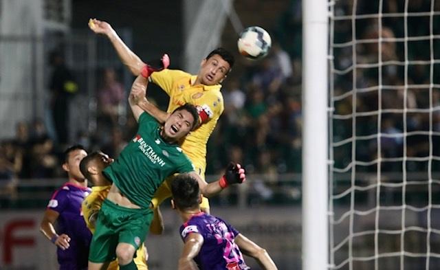 Thắng đậm Nam Định, Sài Gòn FC vững ngôi đầu V-League - 3