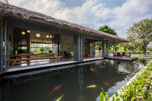 Nhà vườn có hồ cá Koi đẳng cấp ở ngoại thành của vị doanh nhân Sài Gòn - 1