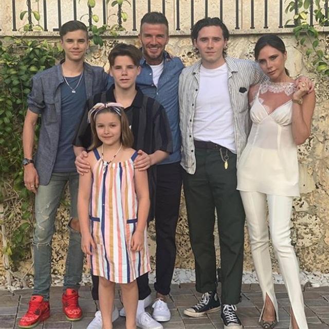 Vợ chồng David Beckham dạy các con trai phải sống tôn trọng nữ giới - 1