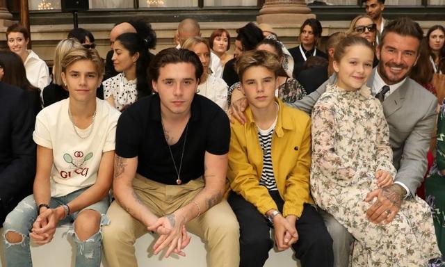 Vợ chồng David Beckham dạy các con trai phải sống tôn trọng nữ giới - 2