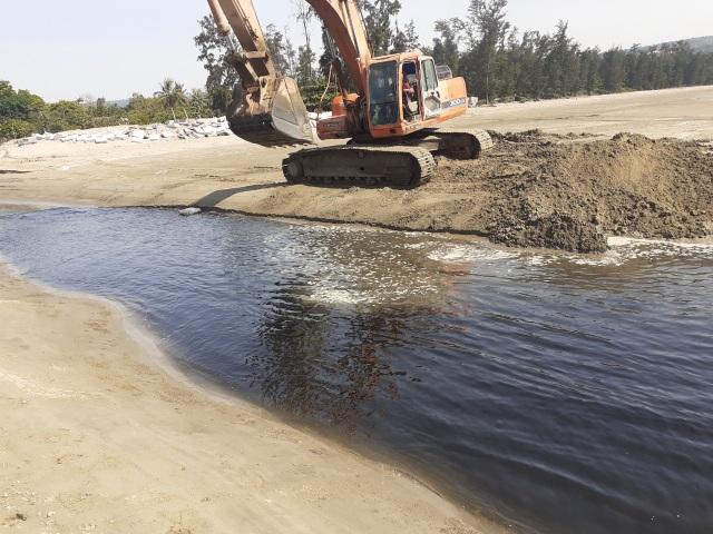Phó Chủ tịch Nghệ An chỉ đạo xử lý vụ hồ tôm gây ô nhiễm môi trường - 2