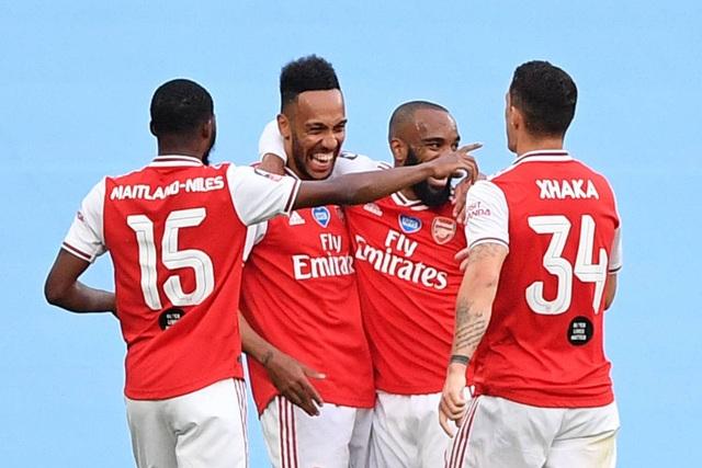 Nhìn lại chiến thắng ngọt ngào của Arsenal trước Man City - 8