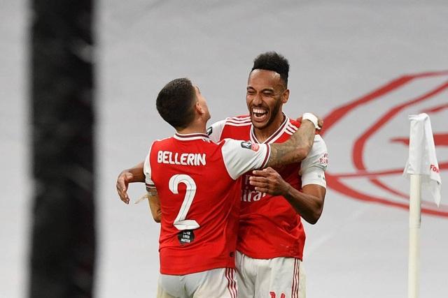 """Arsenal 2-0 Man City: """"Pháo thủ"""" vào chung kết FA Cup - 1"""